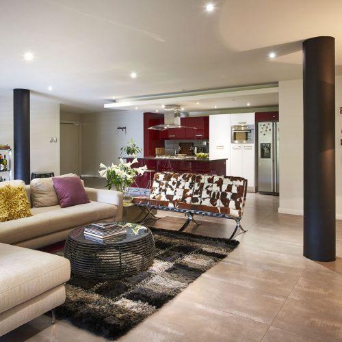 Lounge & Kitchen 2